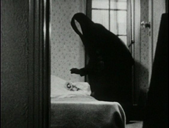 MESHES OF THE AFTERNOON (Maya Deren and Alexander Hammid, USA 1943)